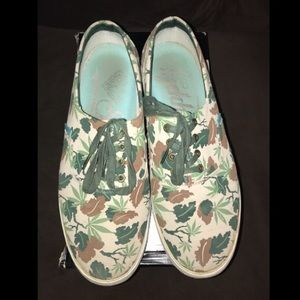 2ebedaf0b61 Diamond Supply Co. Shoes | Diamond Supply Co X The Beatles Avenue ...